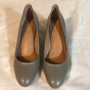 Corso Como tan wedge shoes size 9M NWOT